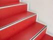 linoleum-cv-belag1-linoleum-im-treppenstufenbereich-in-kraeftigen-farben