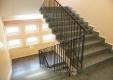 referenz-maler-matthe-berlin-malerarbeiten-innen-treppenhauswaende-seiden-glaenzend-im-farbton-terrakotta